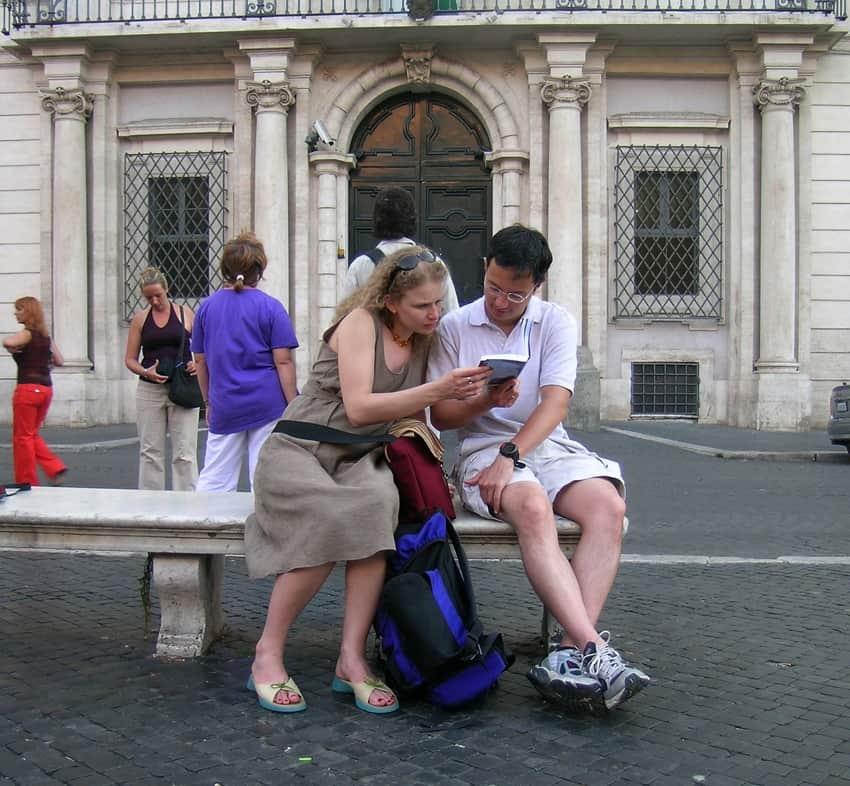 piazza-navona-tourists-with-ma-1566730
