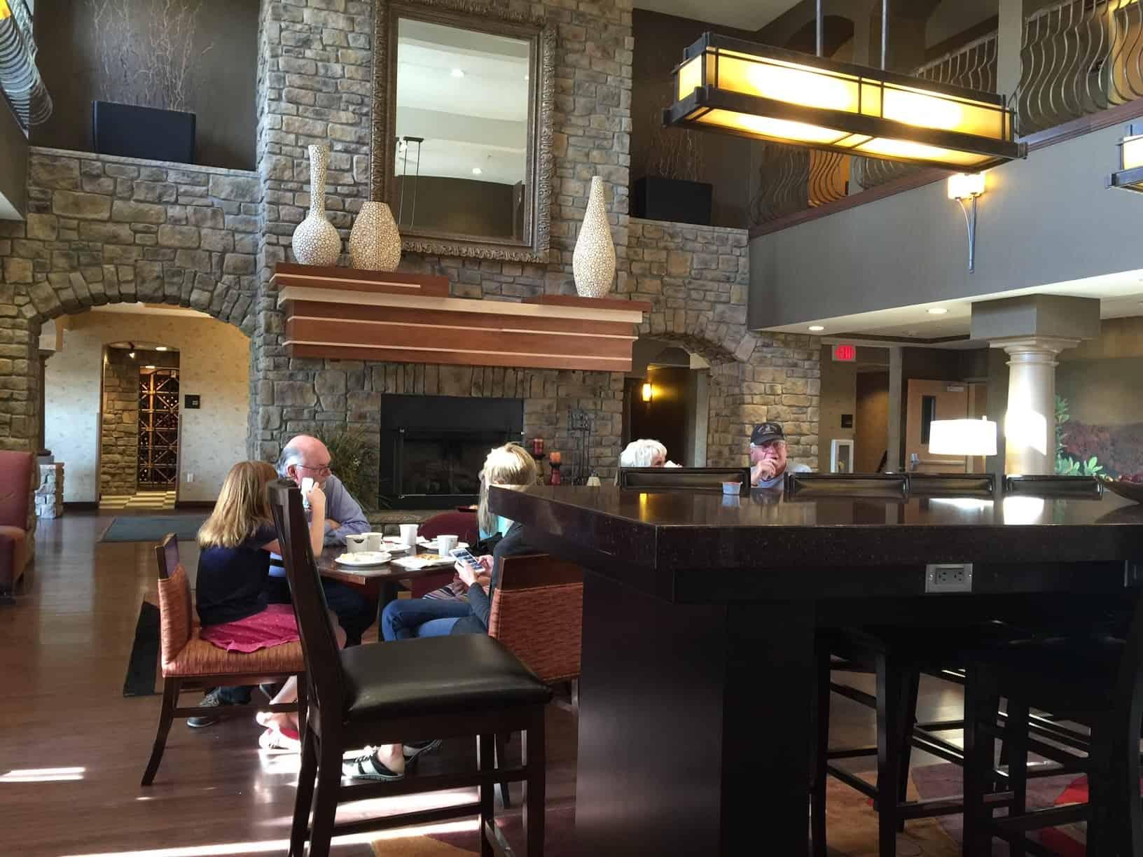 seating area Hampton Inn