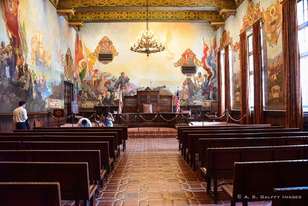 Three top rated attractions in santa barbara california for Mural room santa barbara courthouse