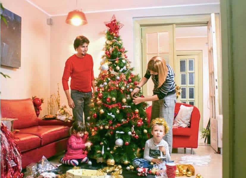 decorating-the-tree